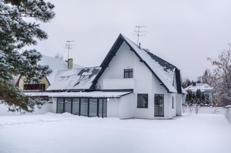 Kunststofffenster_winter_budvar